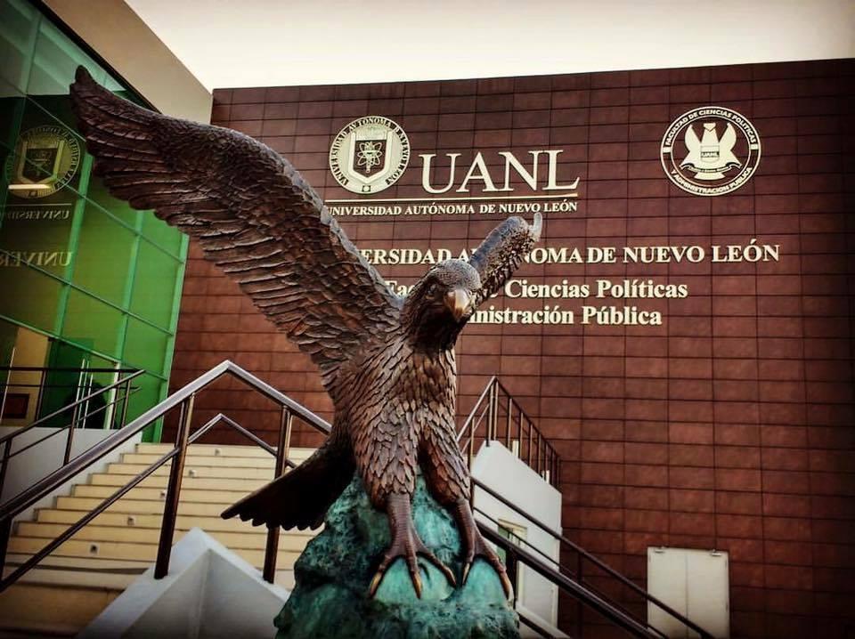 El águila de Políticas