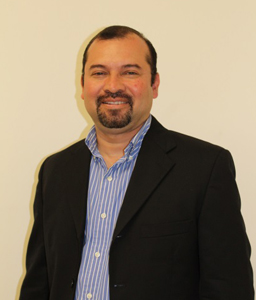 Dr. Rubén Cardoza Zúñiga