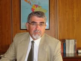 Dr. Roberto Escalante