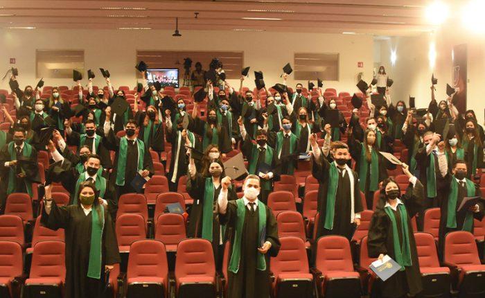 Graduación Híbrida